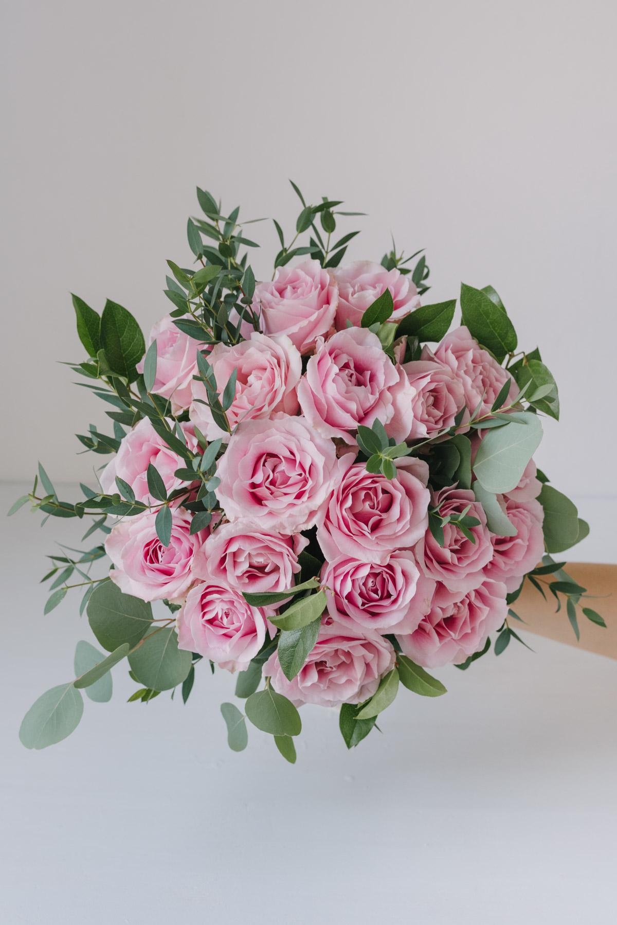 Buchet Cu Trandafiri Roz