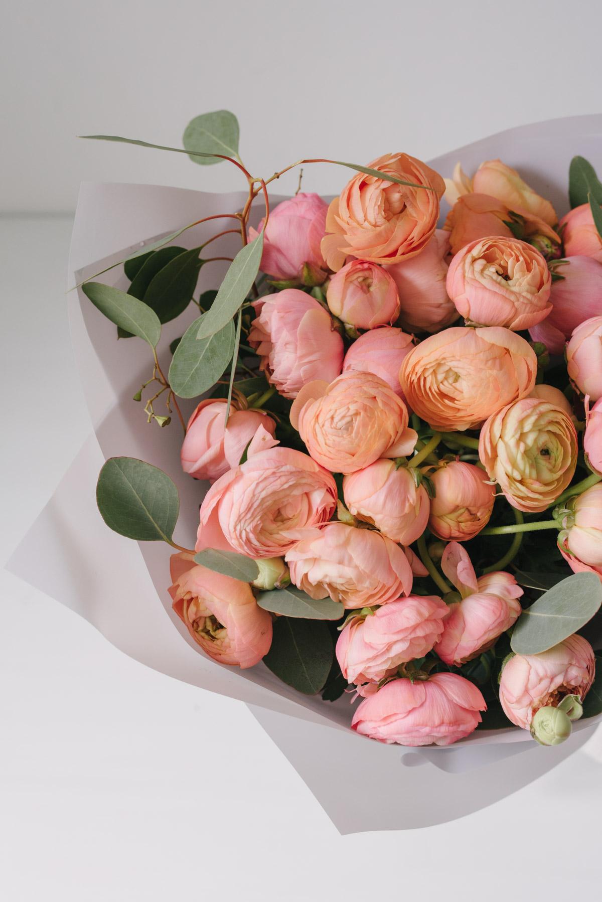 Buchet De Flori Din Ranunculus