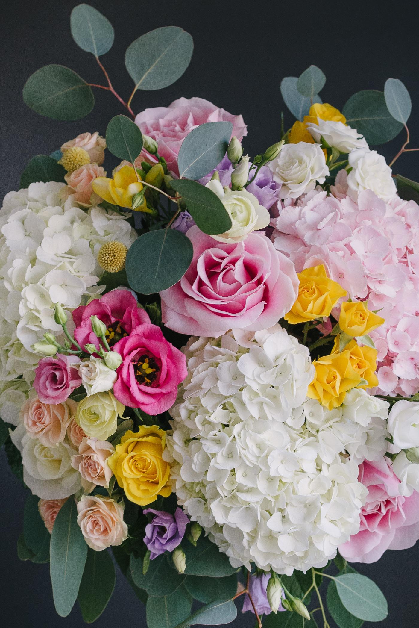 Buchet De Flori Mare Colorat