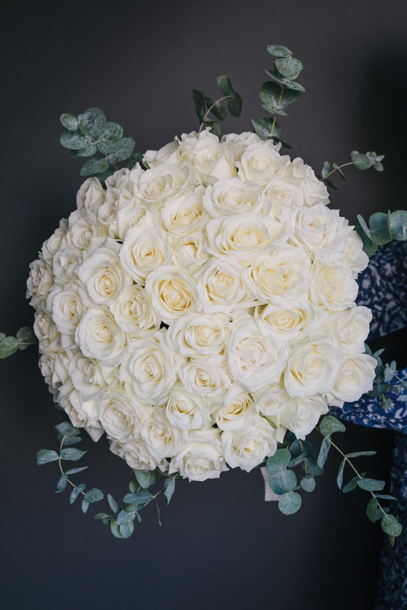 Buchet Cu 51 Trandafiri Albi