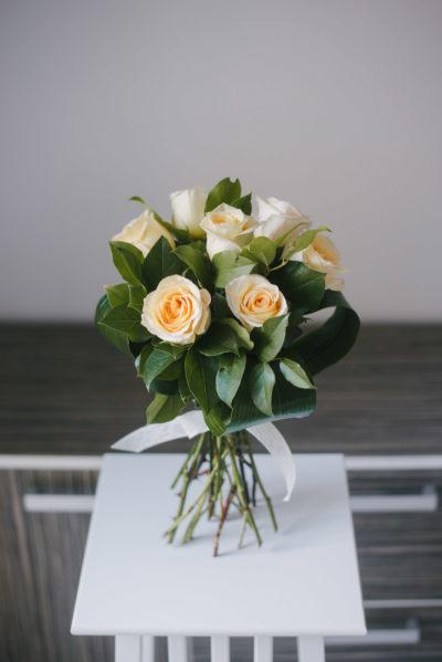 Buchet Trandafiri Crem