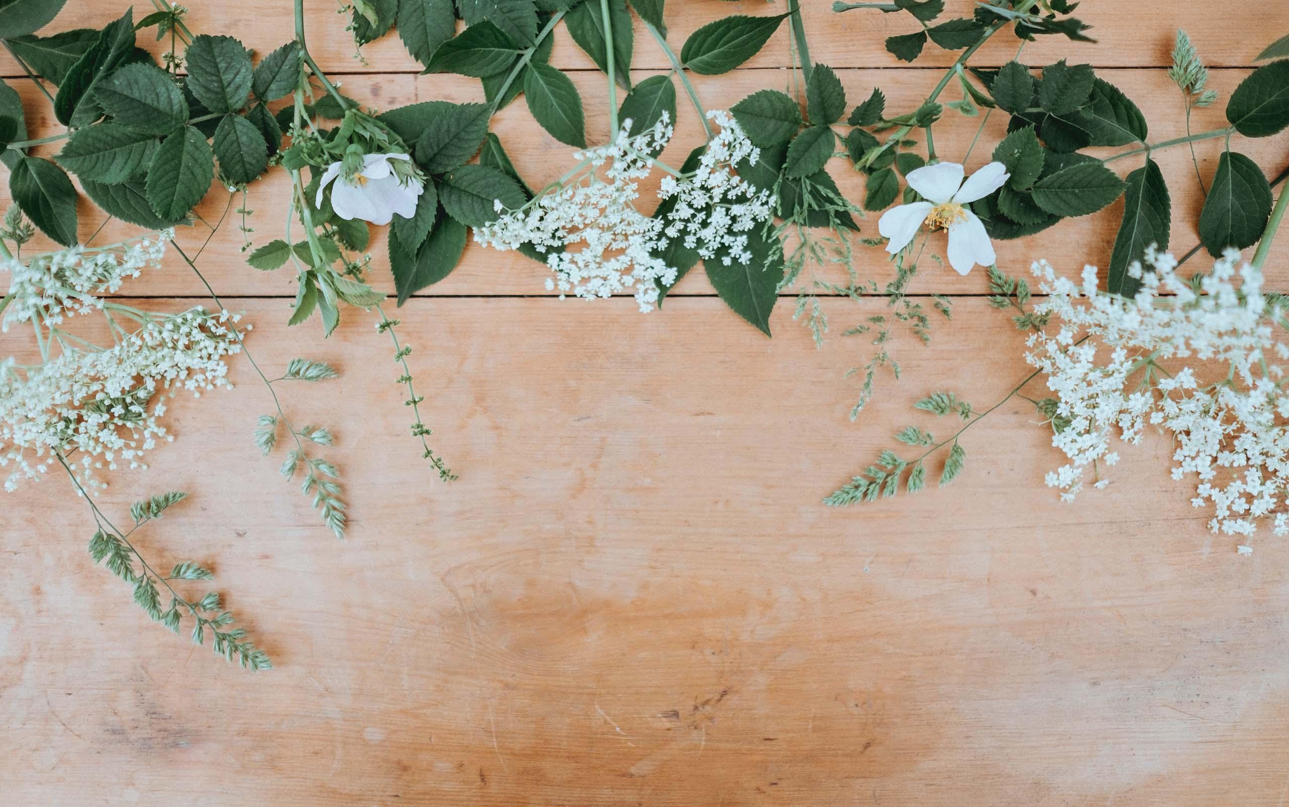 Cat costa aranjamentele florale la o nunta