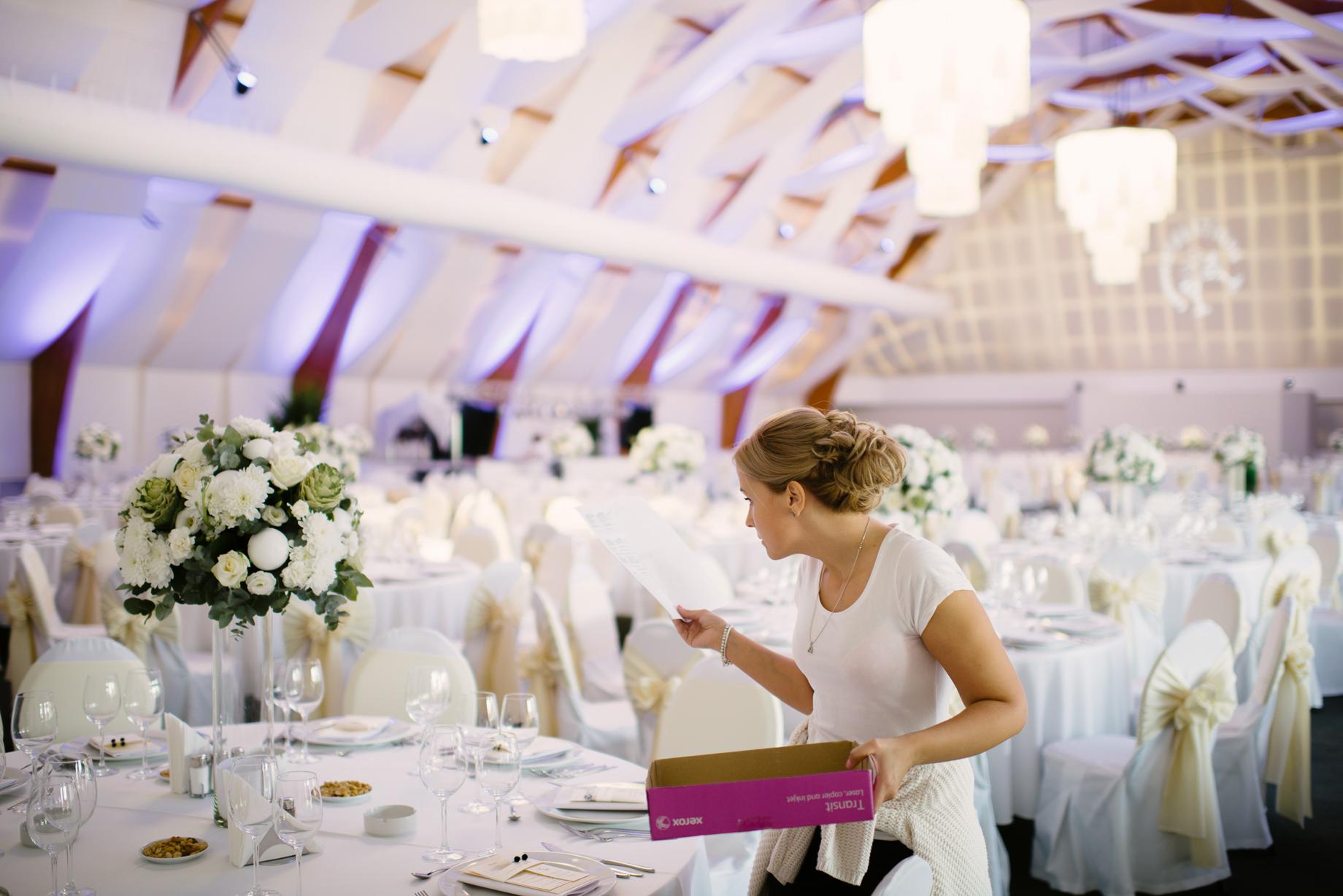 Cât Costă Aranjamentele Florale La O Nuntă Ema Toader